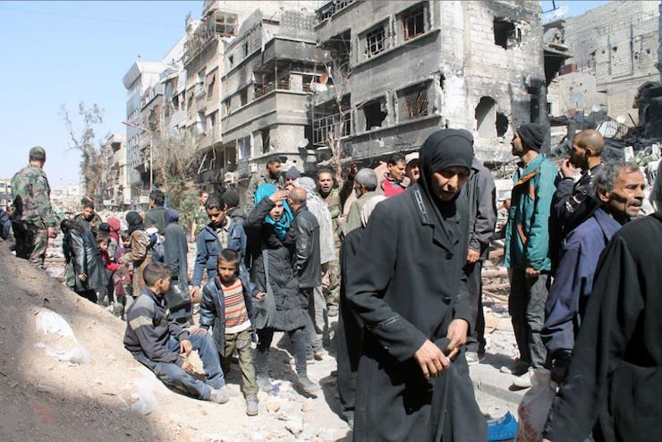 Yarmouk Refugees Waiting for Humanitarian Aid / UNRWA