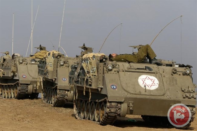 Israeli military vehicles crossed the border fence into the northern Gaza Strip on Monday and leveled private Palestinian land, witnesses said. (Ma'an Images file photo)