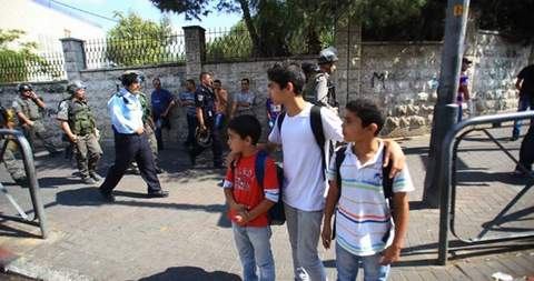 israeli-vandals-soldiers-attack-palestinian-schoolchildren-at-qurtuba-school-al-khalil-may-4-2016-pic